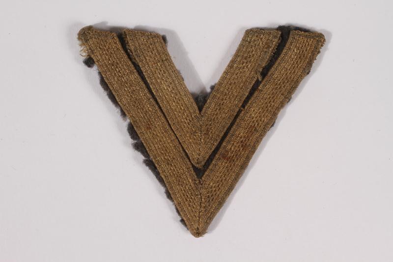 2014.480.33 front German rank insignia, Obergefreiter