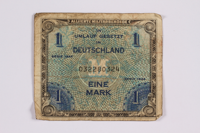 2014.480.114 front German one mark scrip