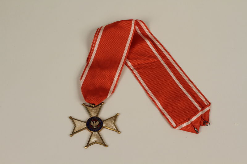 1994.114.1.1_a-b front Order of Polonia Restituta medal and ribbon
