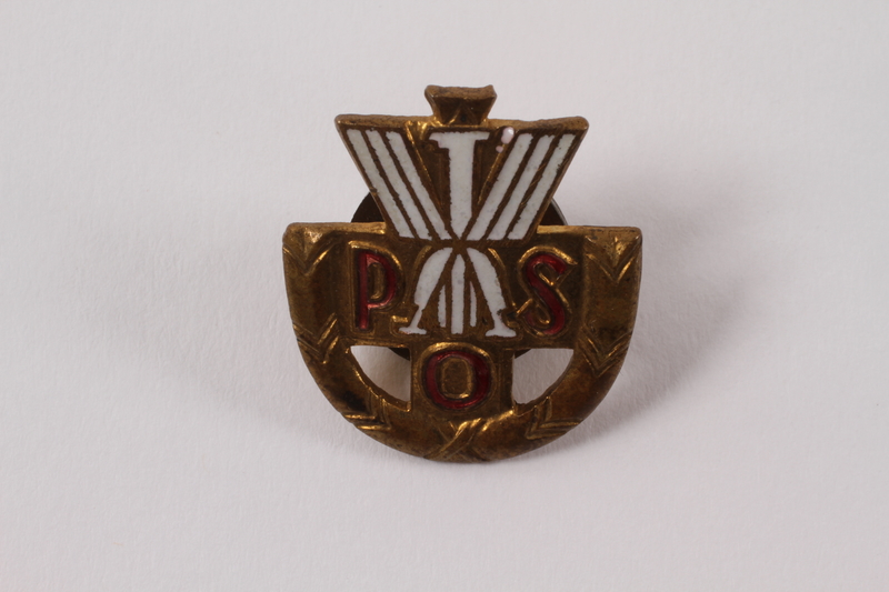 2014.212.2 front School pin worn by a Jewish girl in Poland