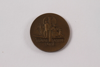 2013.478.4 back Bronze Marshal Petain medal given to a Jewish girl living as a refugee in France  Click to enlarge