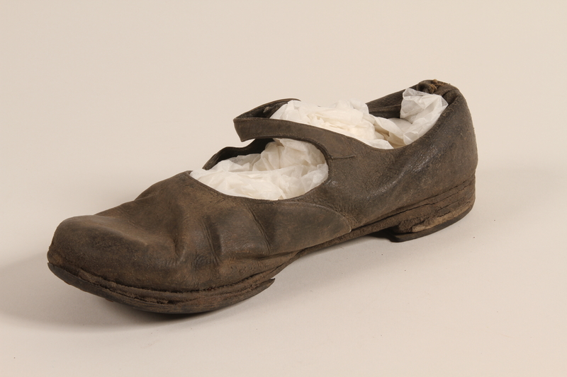 1994.71.1 front Shoe worn by female prisoner in a concentration camp
