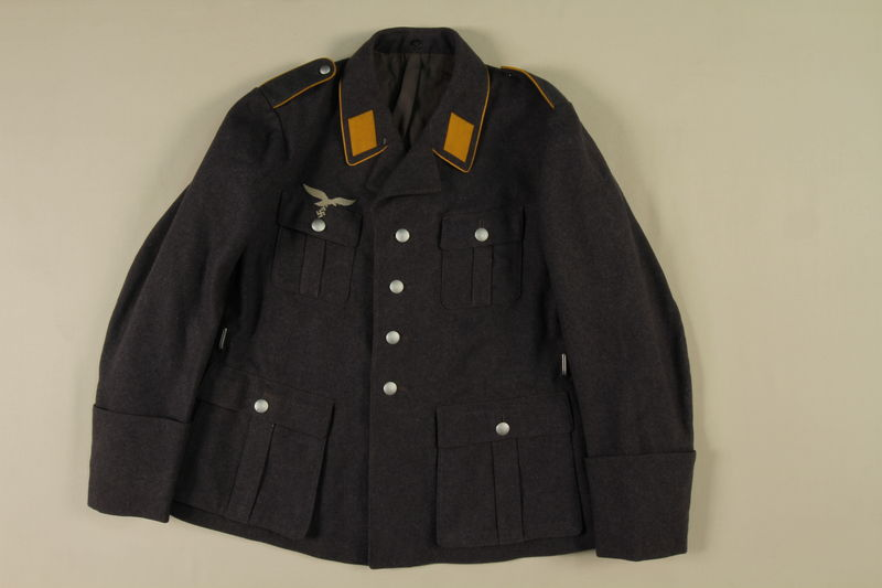 1985.1.18 front Luftwaffe Waffenrock dress uniform jacket acquired by US soldier