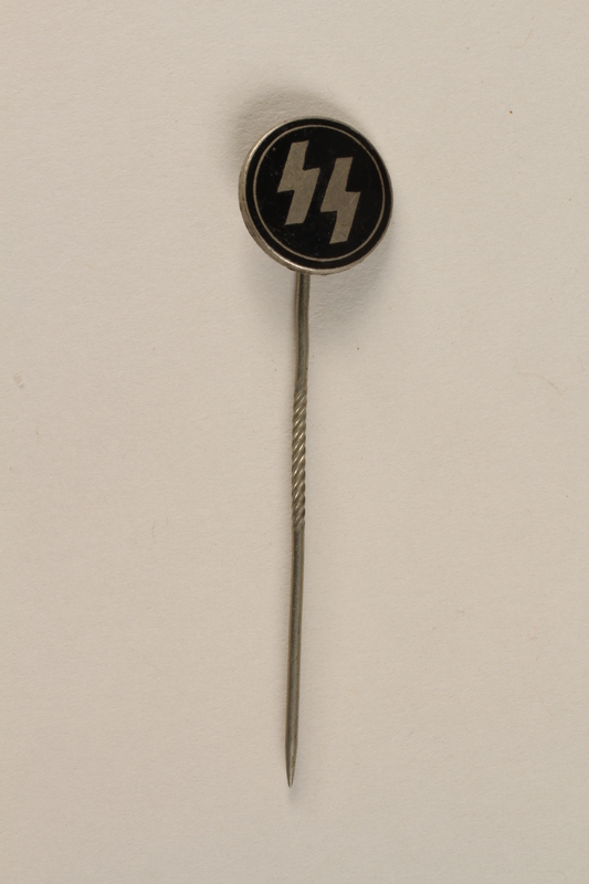 1995.124.15 front Nazi Party SS member stickpin