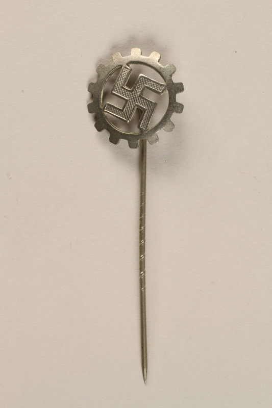 1995.124.16 front Nazi Party German Labor Front stickpin