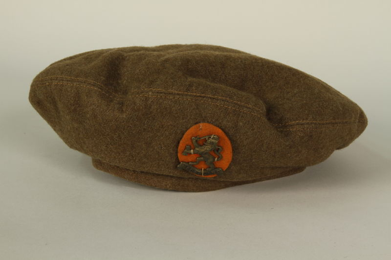 1991.119.1_c front Military blouse, trousers, and General Service Cap worn by a Dutch Jewish corporal in the Prinses Irene Brigade