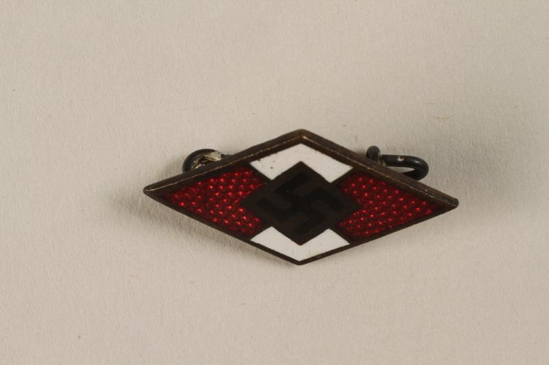 1994.124.6 front Hitler Youth membership badge