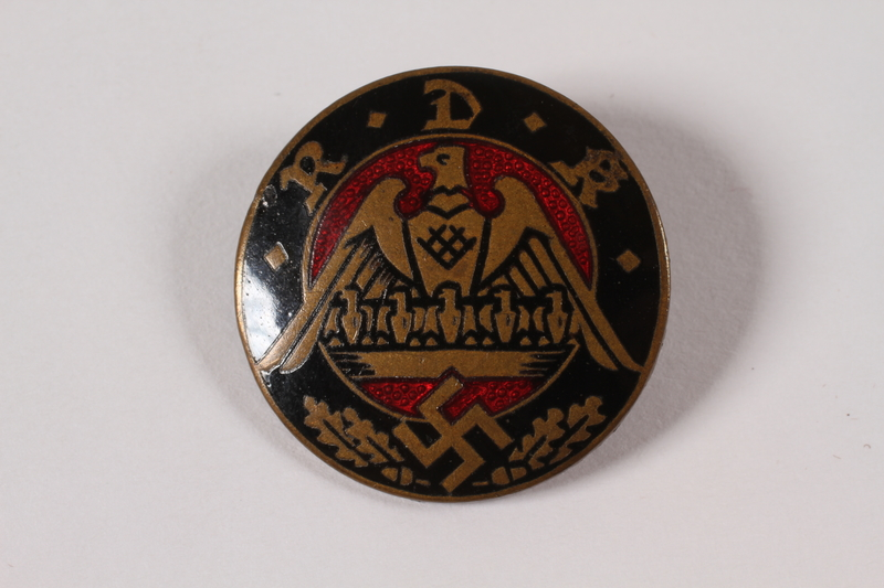 1995.124.8 front Nazi Party badge