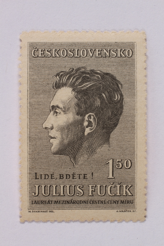 1995.128.105 front Postage stamp