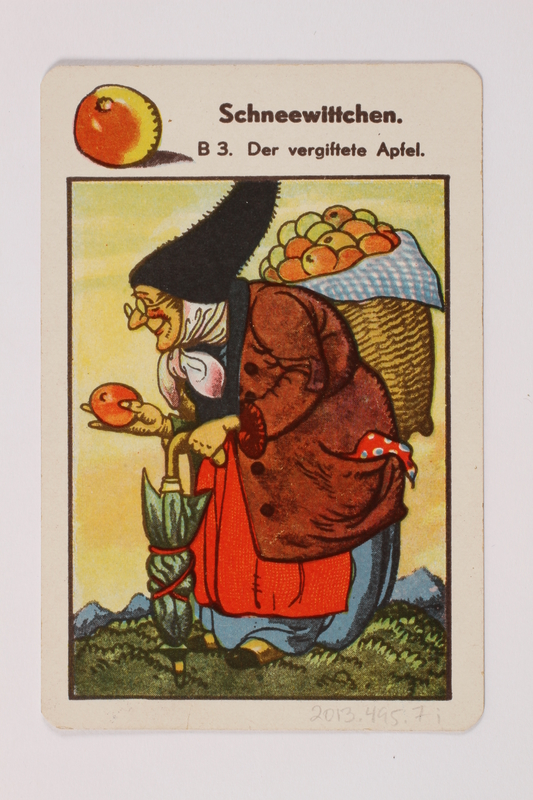 2013.495.7 i front Marchen Quartett deck of fairy tale cards with box brought with a German Jewish refugee