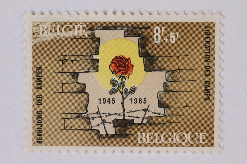 1995.128.76 front Postage stamp