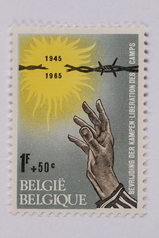 1995.128.79 front Postage stamp