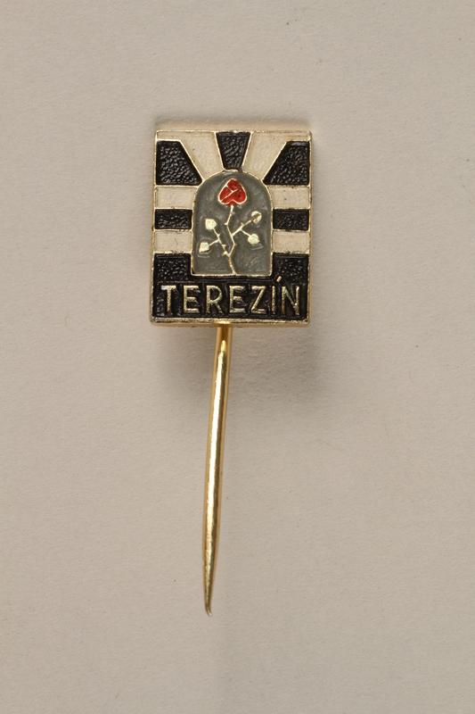 1995.128.9.20 front Stickpin