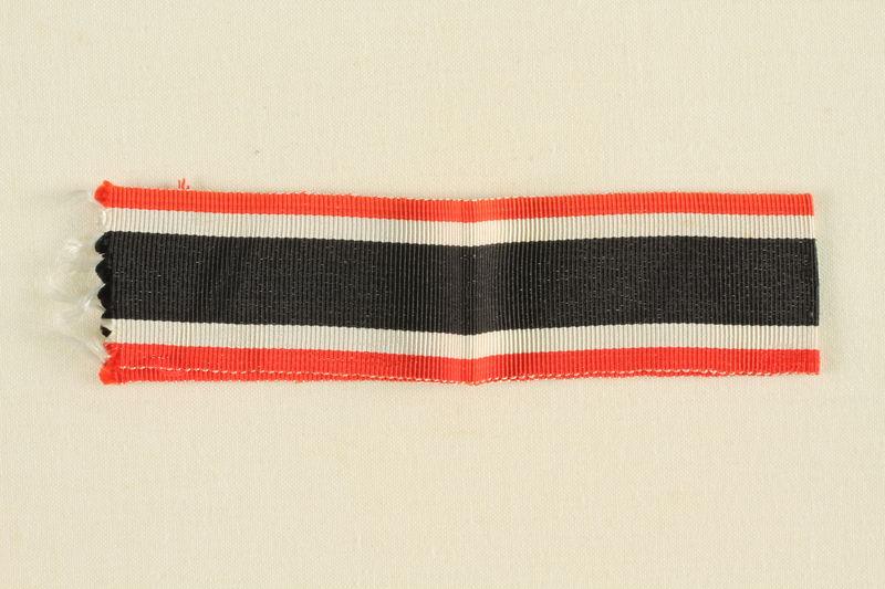 1995.142.16 front Grosgrain ribbon
