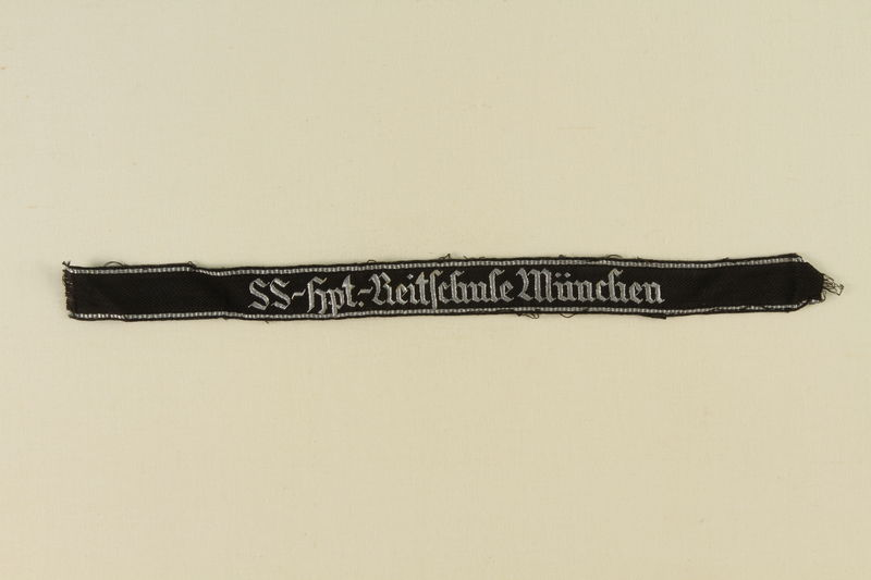 1995.142.19 front Ribbon for the SS-Hauptreitschule (SS Riding School) in Munich
