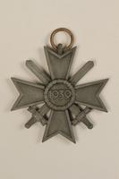 1995.142.5_a back War Merit Cross  Click to enlarge