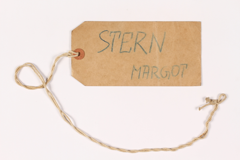 1995.21.2 front Luggage label used by a young girl on the Kindertransport
