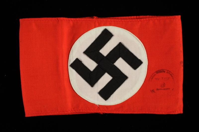 "1995.62.5 front NSDAP ""Kampfbinde"" armband worn by party members"