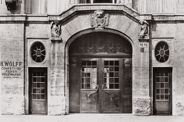 The back of the H. Wolff fur company headquarters in 1910, the year the building was constructed. <i>Courtesy of Blätter für Architektur und Kunsthandwerk</i>