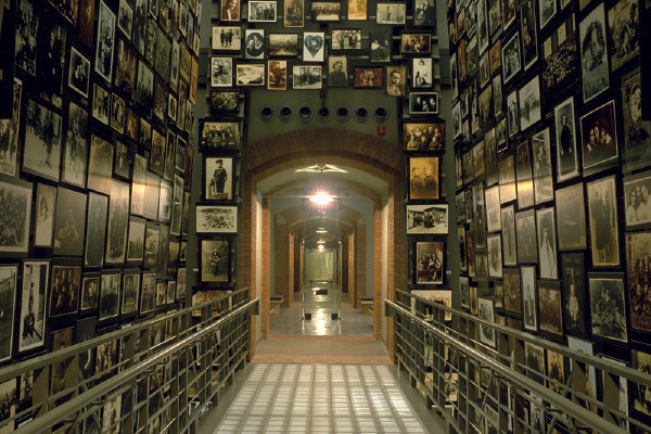 The Yaffa Eliach Shtetl Collection, US Holocaust Memorial Museum. <i>Timothy Hursley</i>